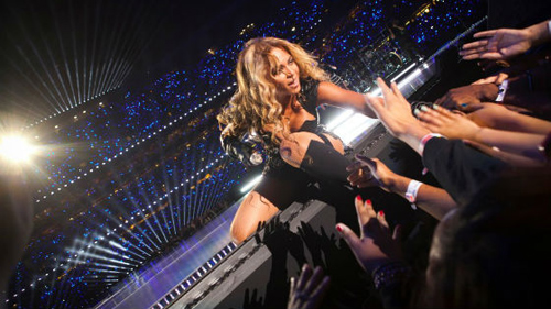 La chanteuse Beyonce en concert au Palau de Sant Jordi