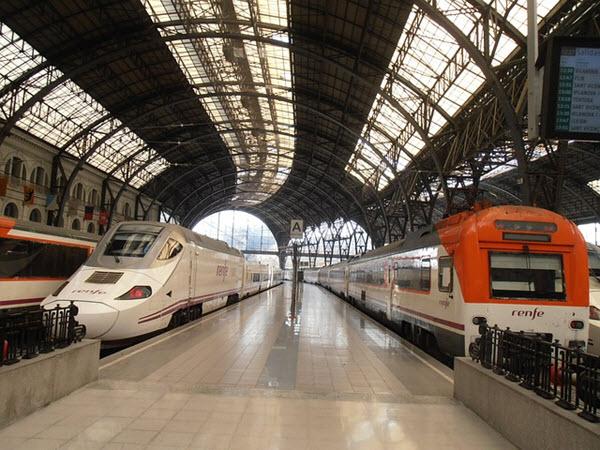 train aeroport barcelone